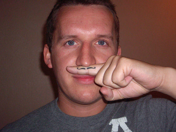 fingerstache4
