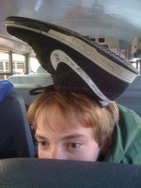 shoe_on_head
